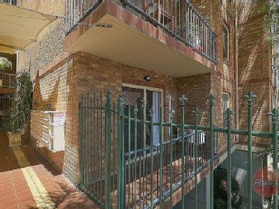 Bewes Street, Adelaide - Balcony