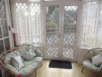 House for sale, River Way - Garden