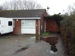 Orchard Close, Houghton Regis, Dunstable, Bedfordshire Lu5