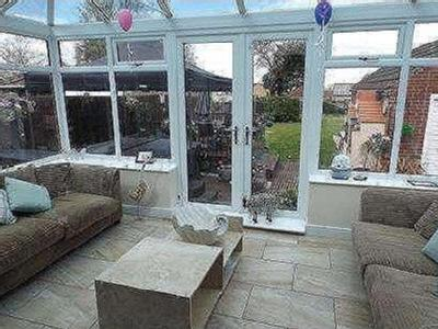 House for sale, Lincoln Road - Garden