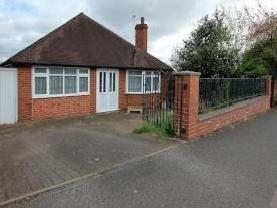 Kingsway, Wollaston Dy8 - Bungalow