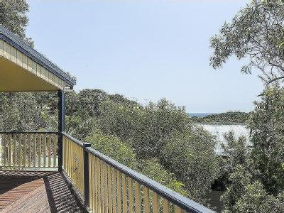 43 George Nothling Drive, Point Lookout, QLD, 4183