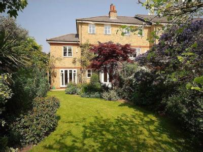 Candler Mews, Amyand Park, Tw1