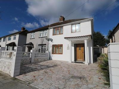 Central Drive, Hornchurch , RM12