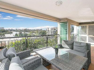 Lower River Terrace, South Brisbane
