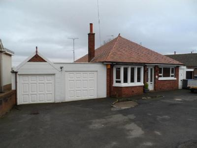 Preston new road fy4 blackpool property houses for sale for Koi pool blackpool