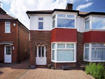 Cheviot Gardens, Nw2 - Furnished