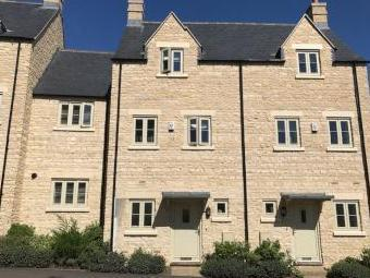 Middle Mead, Cirencester GL7 - Patio