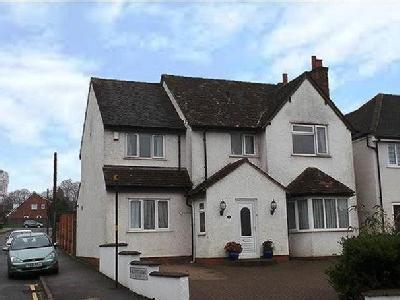 Clarence Road, Four Oaks, B74