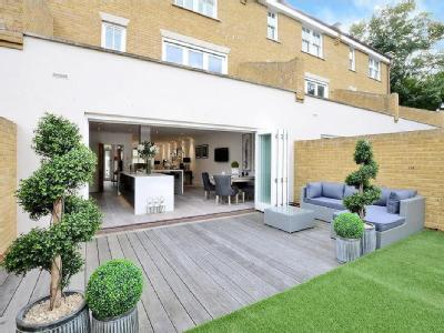 Claygate Lane, Thames Ditton, Kt7