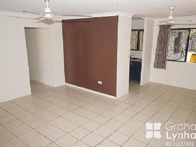 House to rent Douglas - Air Con