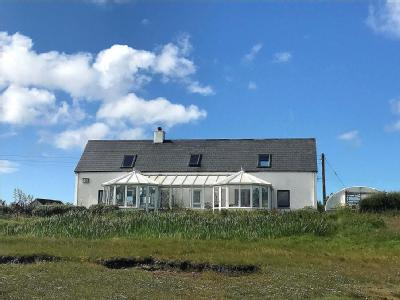 Cnoc-A-Lin, Isle Of North Uist , HS6