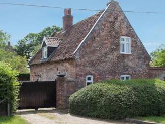 Church Road, Hedenham, Bungay NR35