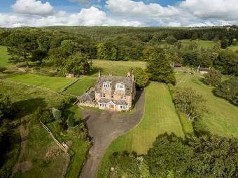Hollies House And Hollies Cottage, Riding Mill, Northumberland Ne44