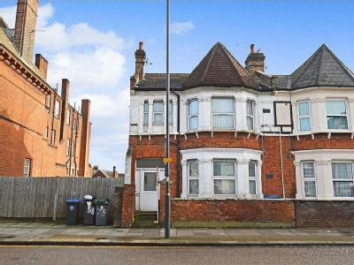 Craven Park, London , NW10 - House