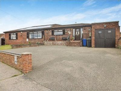 Crestview Drive, Lowestoft , NR32