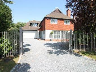 House for sale, Cross Road - Detached