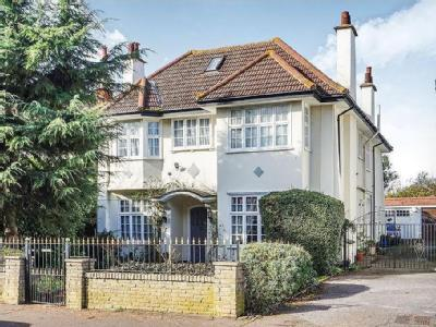 House for sale, Crowstone Road