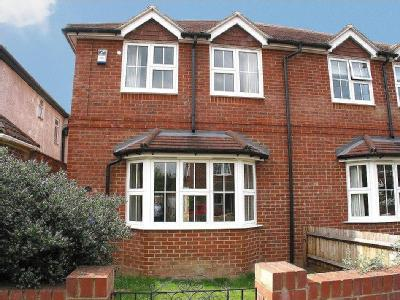 Dennis Road, East Molesey, Kt8