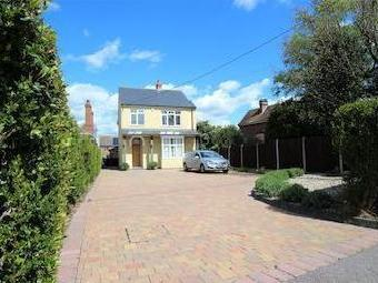 Wivenhoe Road, Alresford, Colchester, Essex Co7