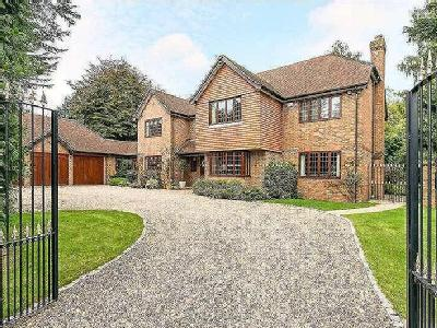 Sycamore Close, Amersham, Buckinghamshire, HP6