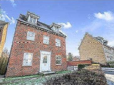 House Lane, Arlesey, Bedfordshire, Sg15