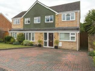 Huge Space. Mansfield Place, Ascot, Berkshire SL5