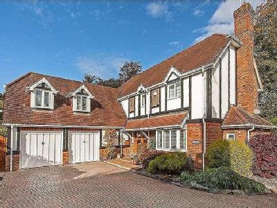 Cliddesden Court, Basingstoke, Hampshire, RG21