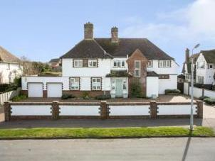 Hartfield Road, Bexhill-On-Sea, East Sussex TN39
