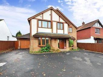 Leatherhead Road, Bookham, Leatherhead, Surrey KT23