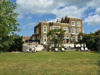 Fort Road, Broadstairs, Kent CT10