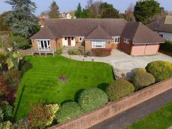 South View Road, Ashtead KT21 - House