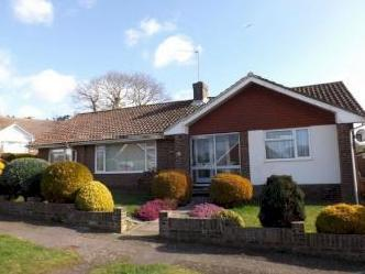 Roedean Close, Bexhill-On-Sea, East Sussex TN39