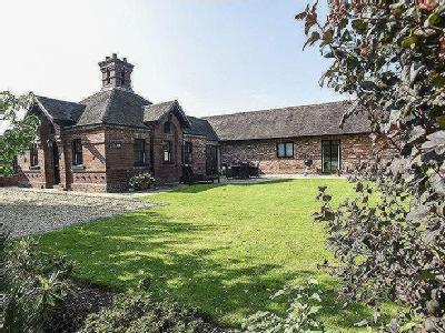 Thicknall Lane, Clent, Dy9