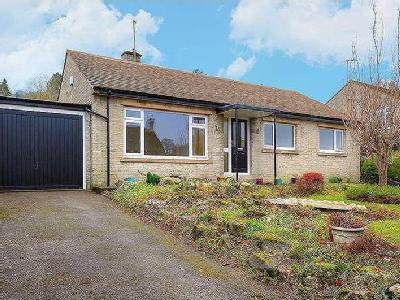 Lowside Close, Calver, Hope Valley, S32