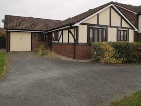 Croxon Rise, Oswestry Sy11 - Bungalow