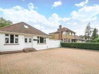 Stanmore, Middlesex Ha7 - Bungalow
