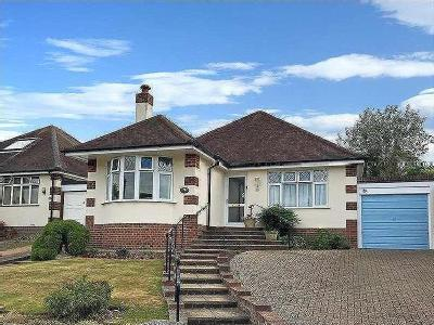 Maytree Avenue, Worthing, West Sussex, BN14