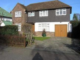 Reddings Avenue, Bushey Wd23 - Garden