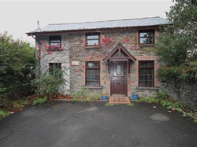 Mountain Road, Caerphilly, CF83