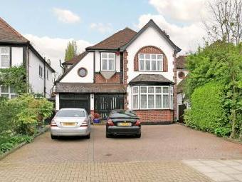 Dukes Avenue, Edgware HA8 - Detached