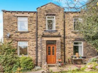 Crackenedge Lane, Dewsbury WF13
