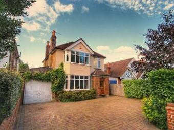 Ember Farm Way, East Molesey KT8