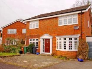 Fir Tree Close, Epsom Downs KT17