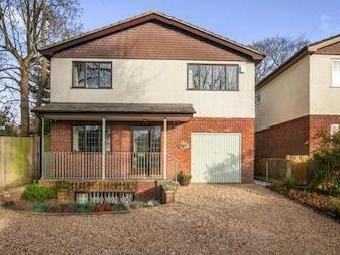 Epsom, Surrey KT17 - Freehold, House