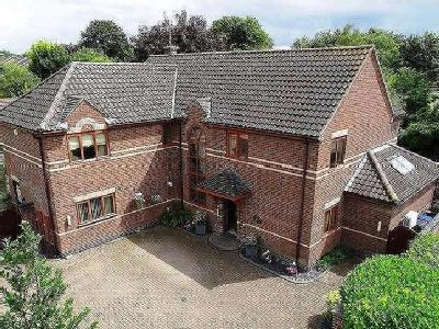 Swan Grove, Exning, Newmarket, Cb8