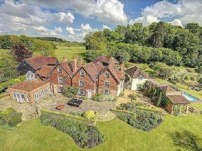 Snowdenham Lane, Bramley, Guildford, Surrey, GU5