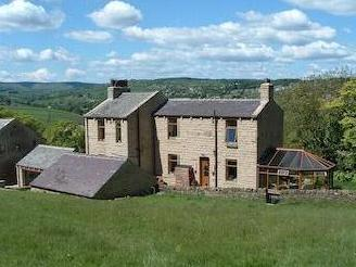 Hill Top Road, Hainworth, West Yorkshire Bd21