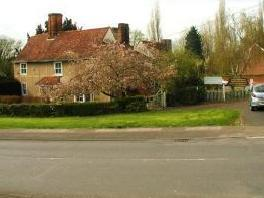 Harberts Road, Harlow CM19 - Listed