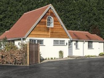 Stud Green, Holyport, Maidenhead Sl6